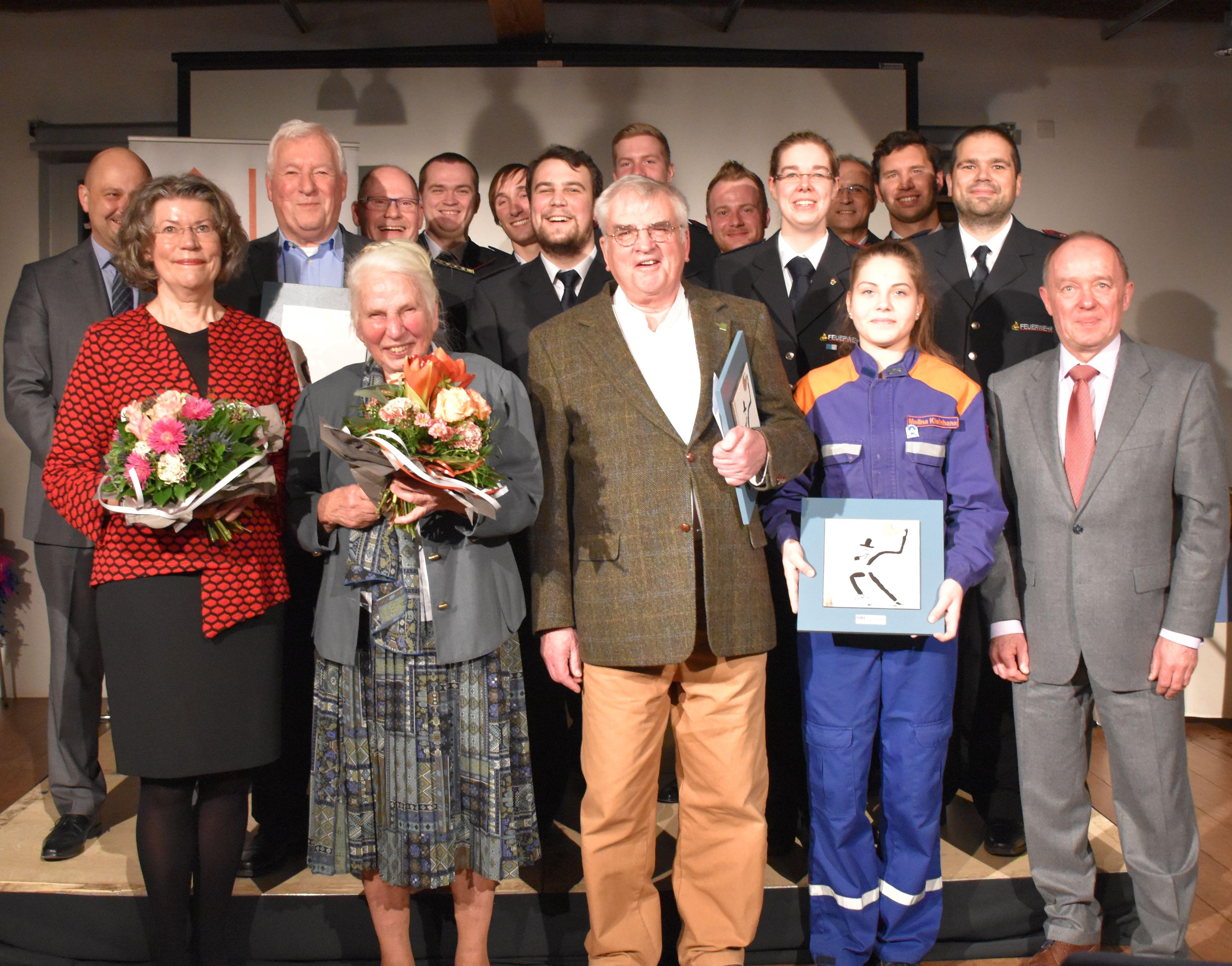 Jugendfeuerwehr der Gesamtwehr Ettlingen gewinnt SWE-Ehrenamtspreis 2017